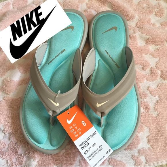 Nwtnike Ultra Comfort Womens Sandals